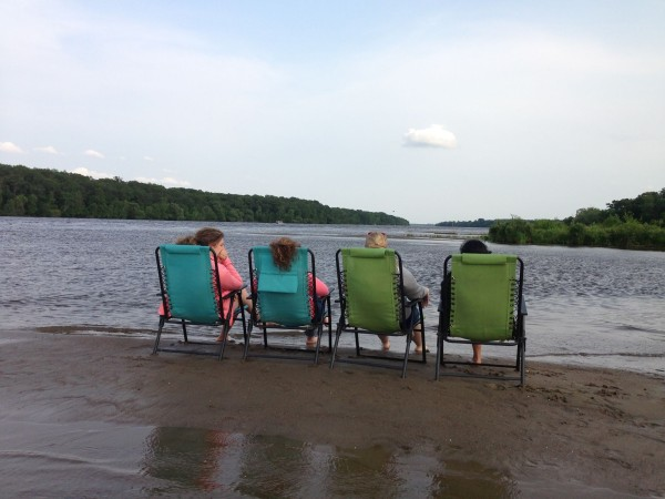 Here we are sitting on a sandbar in the Mississippi River. So peaceful...