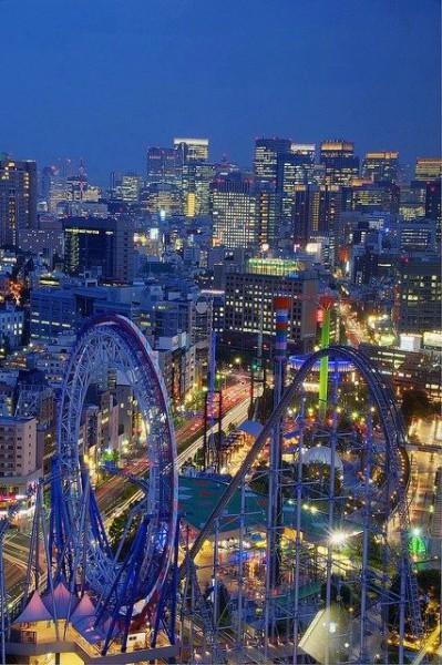 ferris wheel Tokyo at night