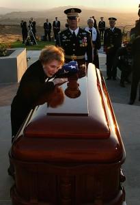 Former First Lady Nancy Reagan's Final Good-Bye