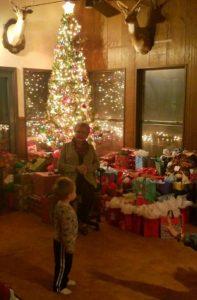 Christmas on the ranch, Jolene Navarro
